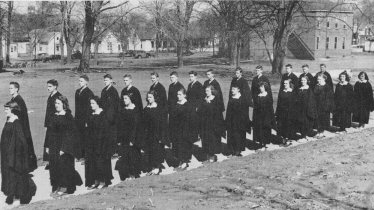 1952 Graduation showing the Washington Building
